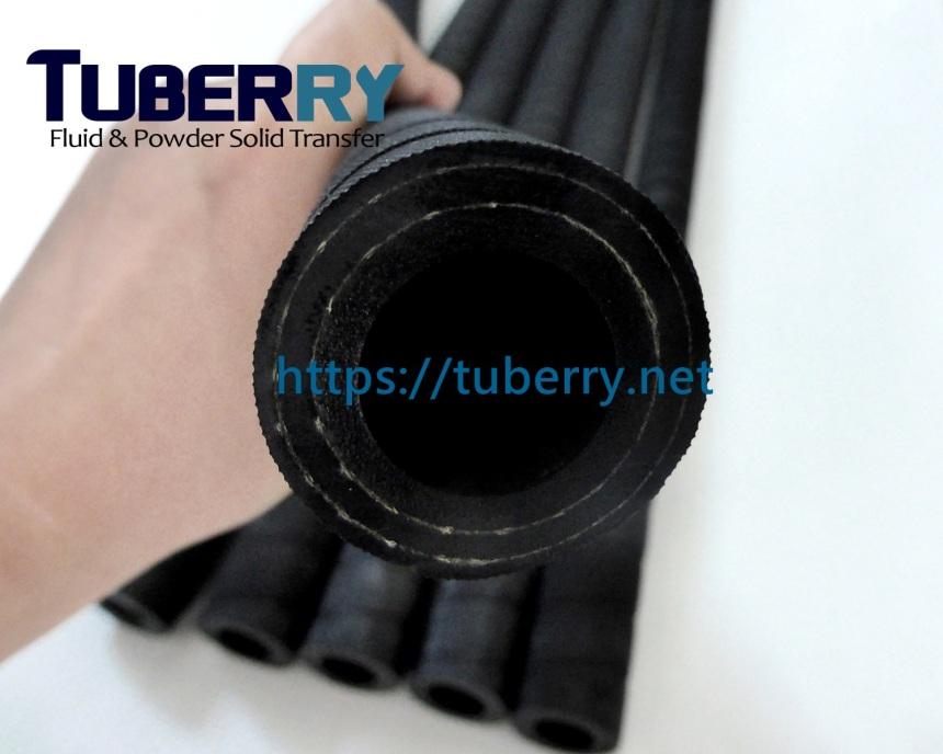 รับผลิตท่อยางเสริมผ้าใบ.JPG